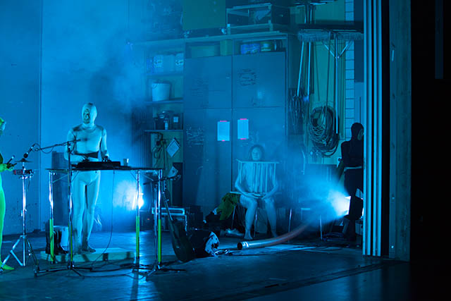 STOKES, Theater der Künste, Zürich, 2013. Foto: Sévérine Urwyler