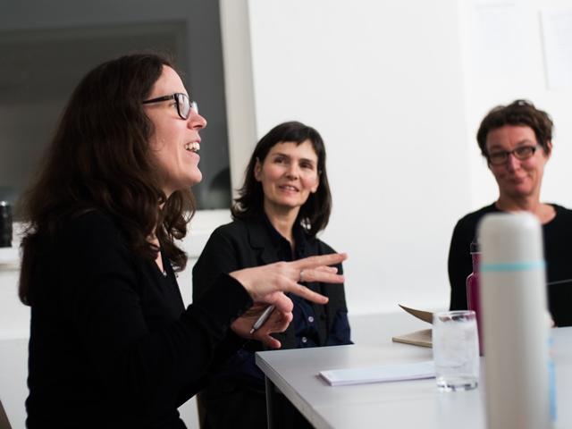 Das Bild zeigt Sonja Prlić, Silke Maier-Gamauf und Romana Hagyo.