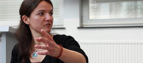 """""""Das Dorf wird noch globaler werden"""" – Digitale Teilhabe, Potenziale und Herausforderungen im Rahmen regionaler Kulturarbeit in Salzburg"""