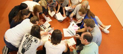 Perspektivenwechsel gefragt: Hin zu einer selbstreflexiven und kritischen kulturellen Teilhabe