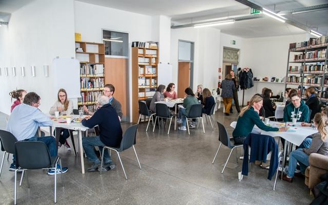 Die Räume der Fünfzigzwanzig eignen sich hervorragend für das Format Worldcafé. Foto: Fabian Schober