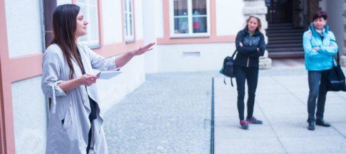Sandra Kobel beim Workshop im Salzburg Museum: Foto: Fabian Schober