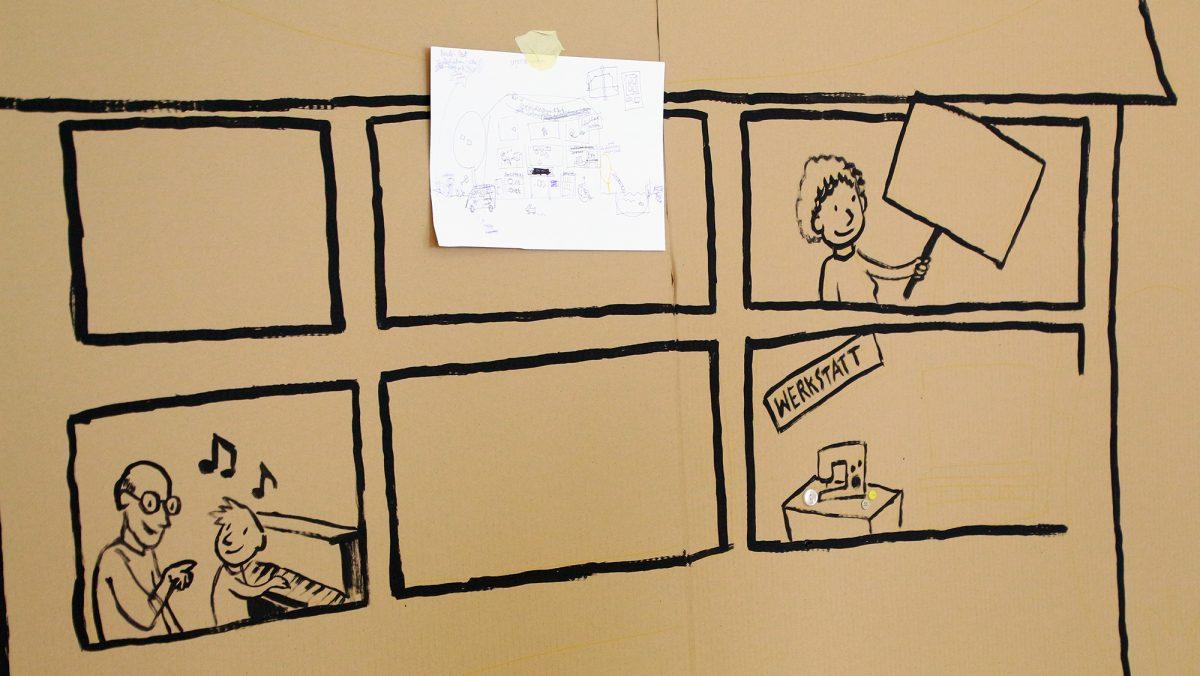 eine zeichnung auf Pappe zeigt Fenster eines Hauses, in einem ist eine Werkstatt, in einem spielt ein Kind Klavier, in einem hält eine Person ein Schild